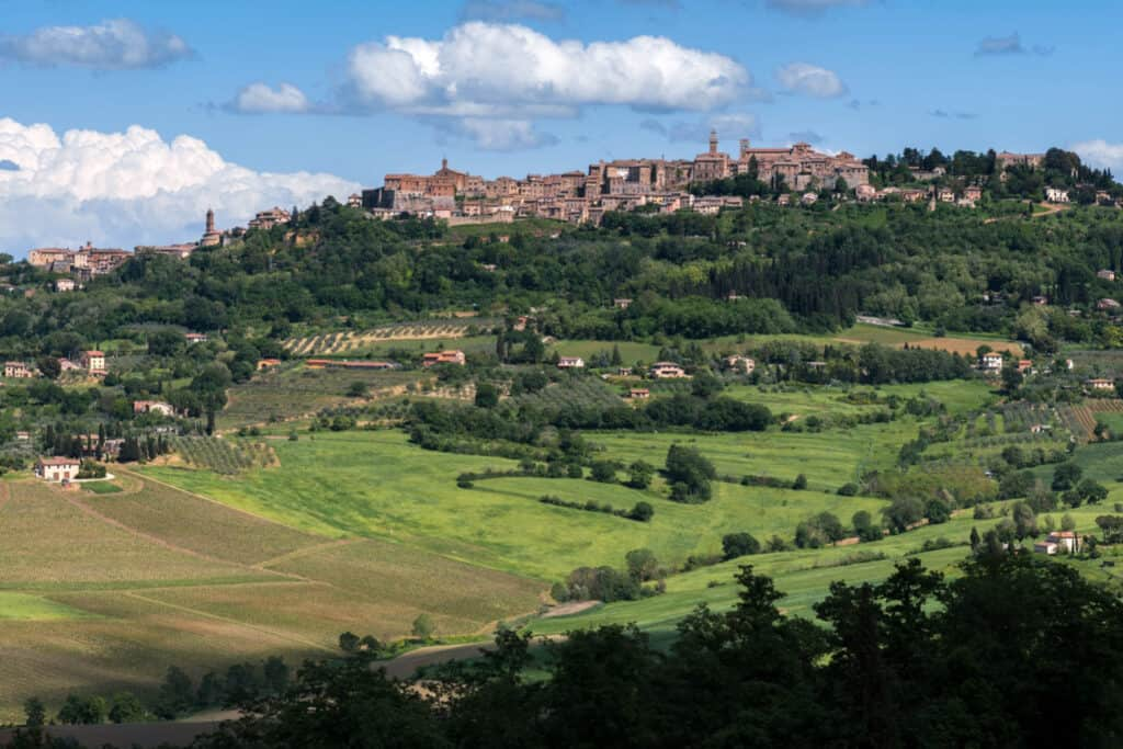 vacanza on the road in toscana a Montepulciano